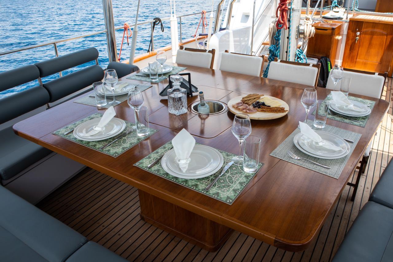Alfresco Dining Table