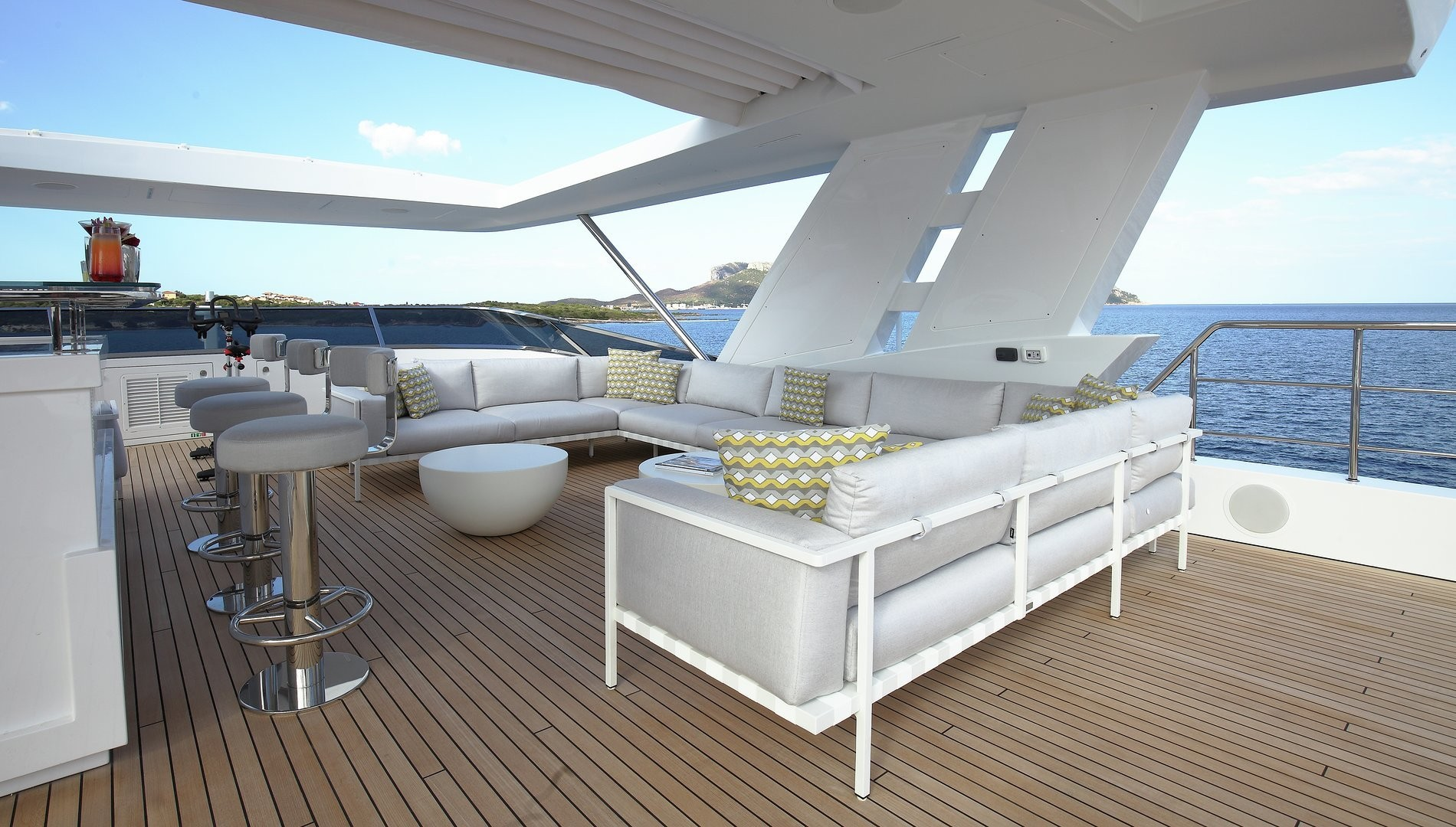 Sun Deck Seating