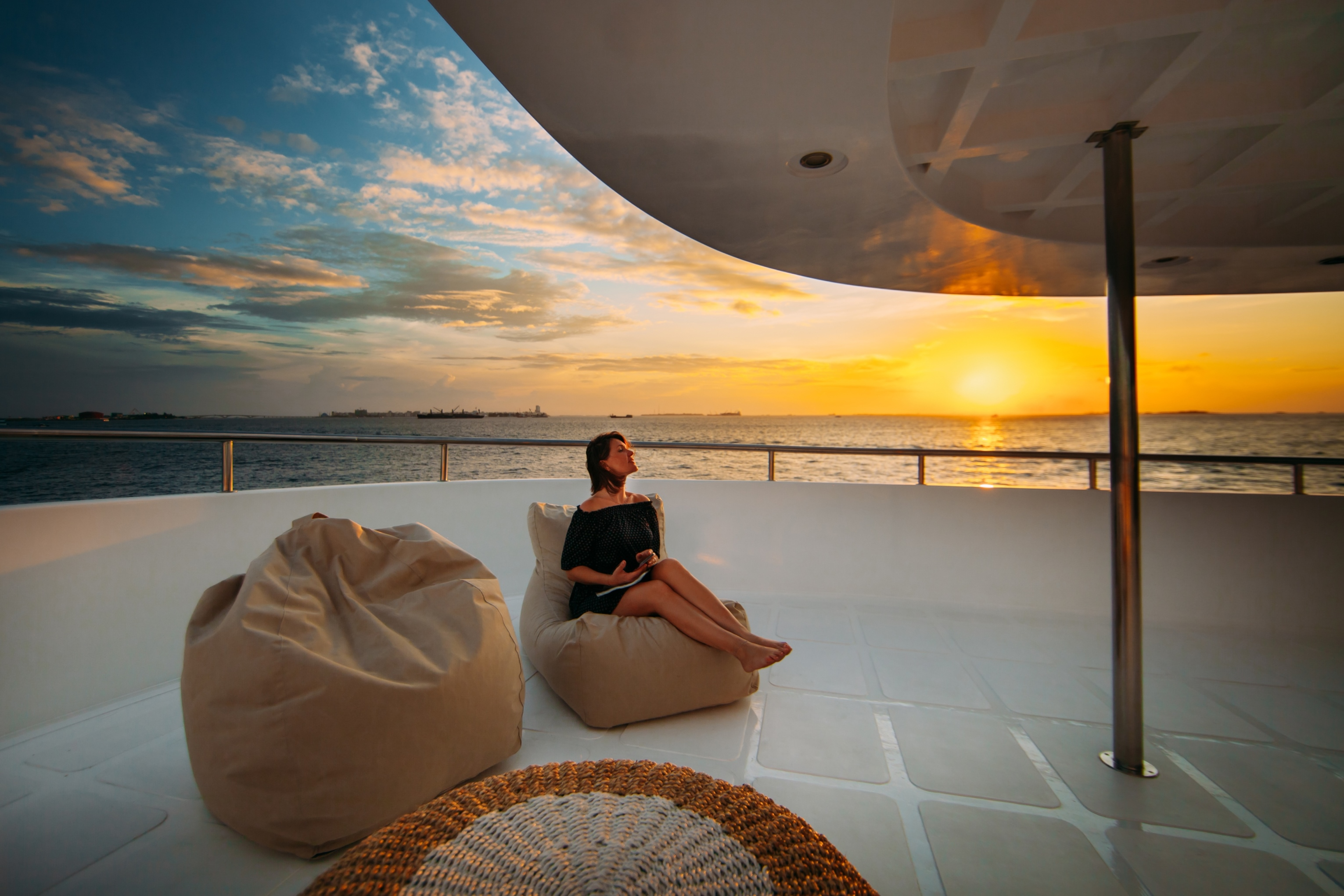 Exterior relaxing