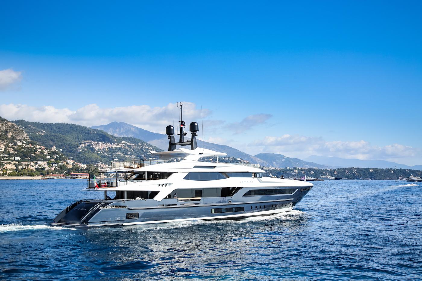 55m Luxury Yacht Severin°s -