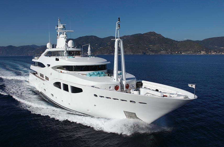 60m CRN Superyacht Running