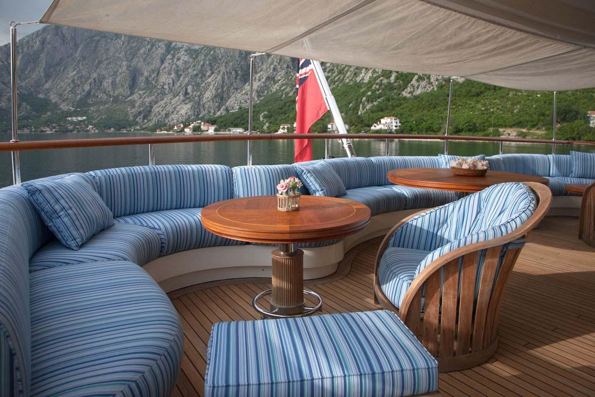 Benetti Jo Bridge Deck Aft Lounge