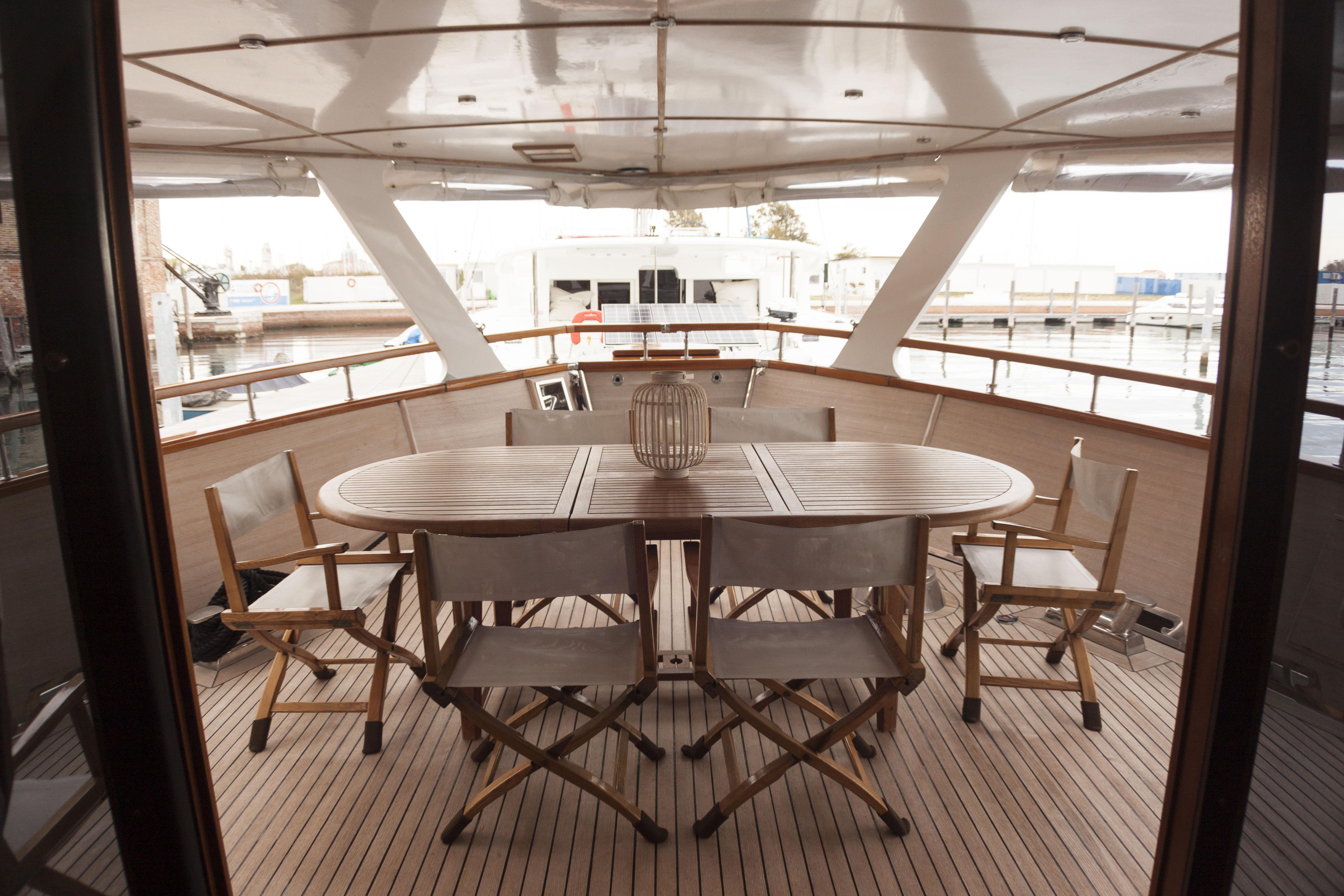 Bert Yacht Venice Alfresco Dining