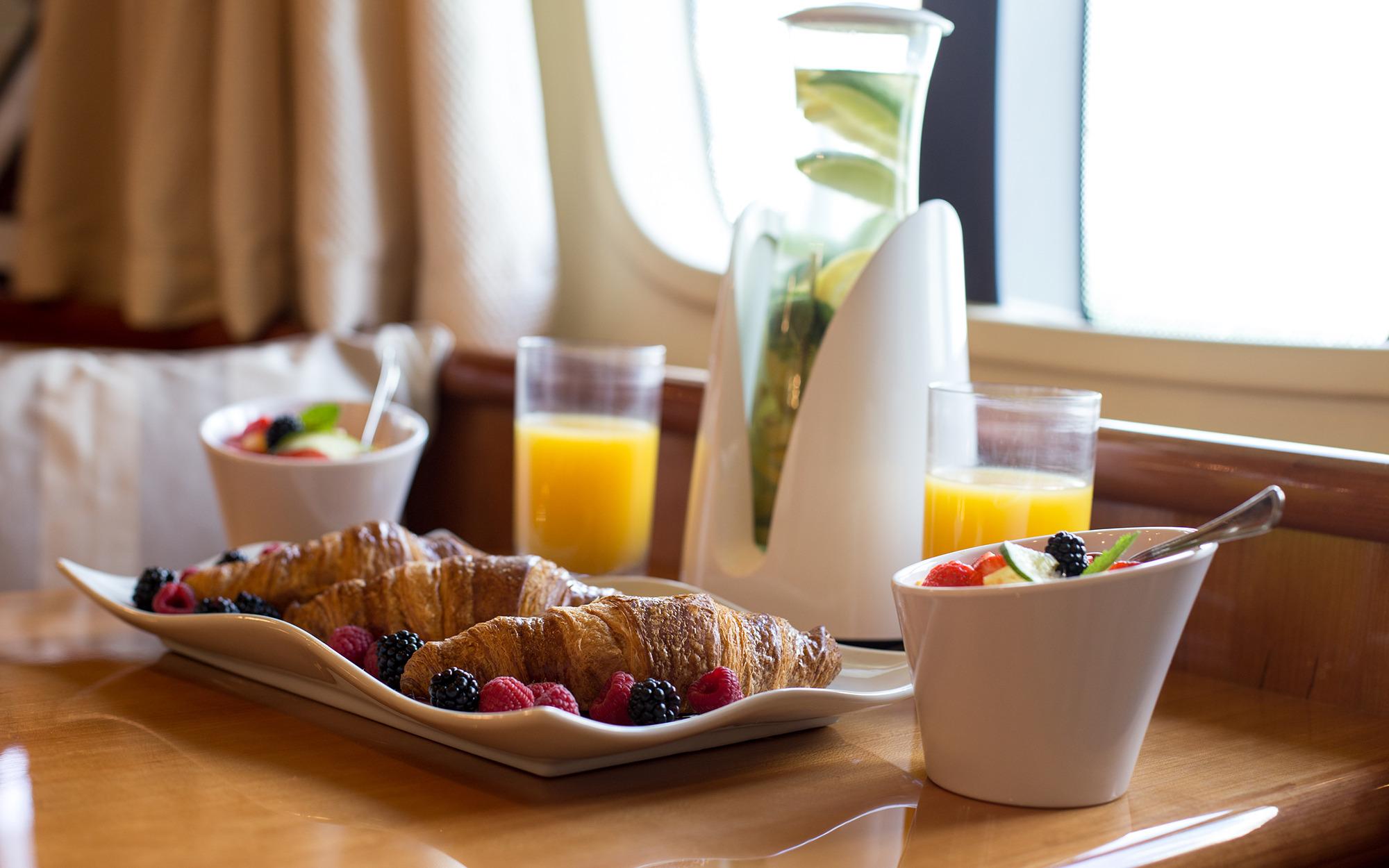 Master cabin private breakfast
