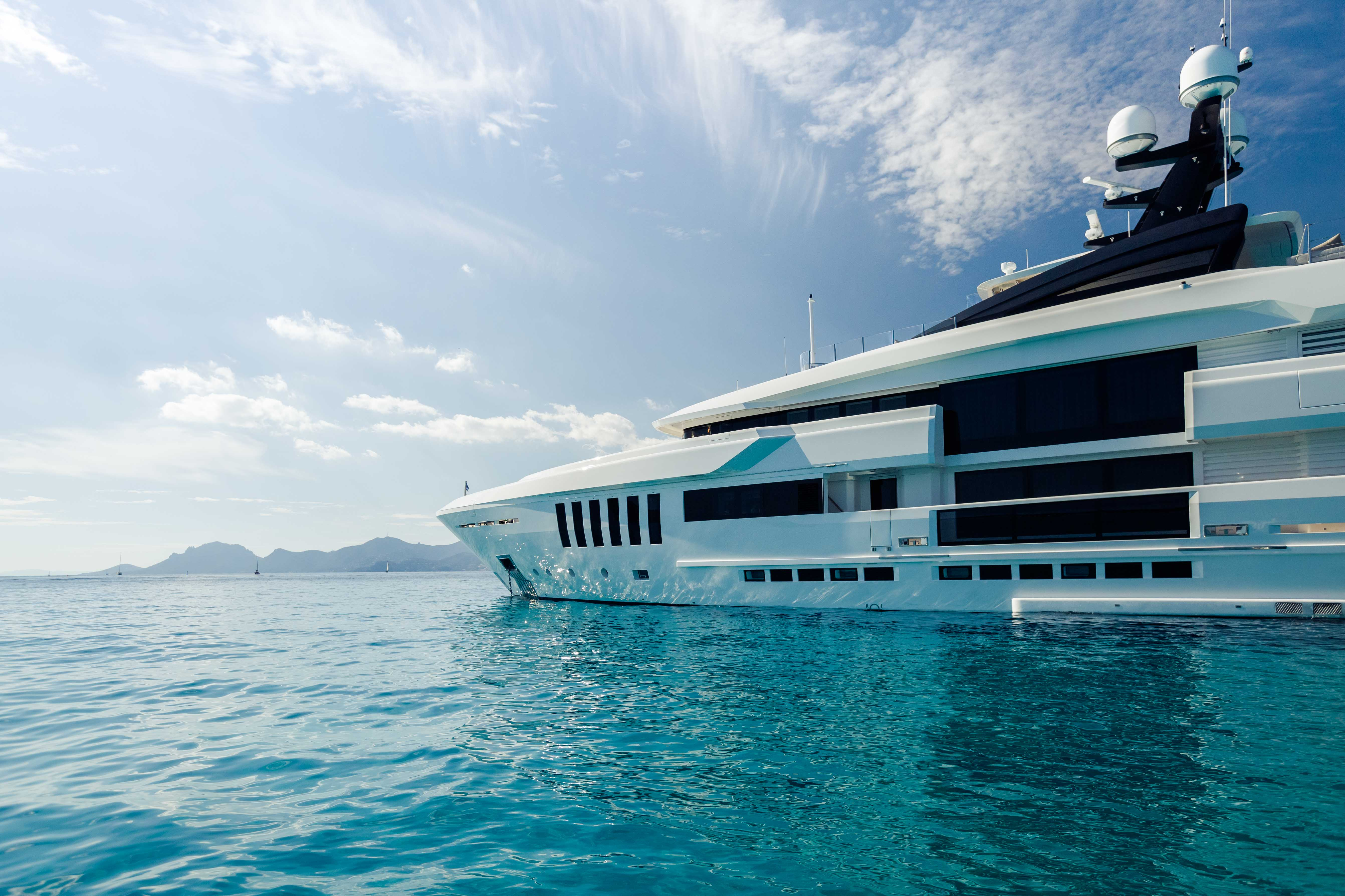 Yacht OURANOS by Admiral