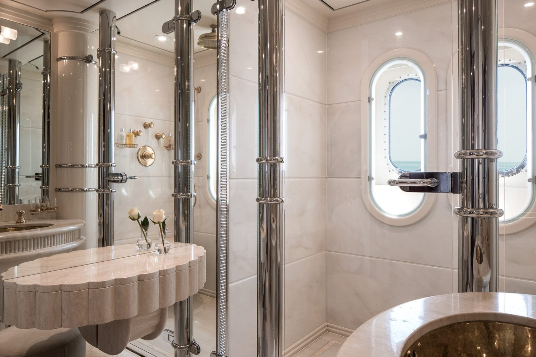 Guest Cabin Persephone - Bathroom