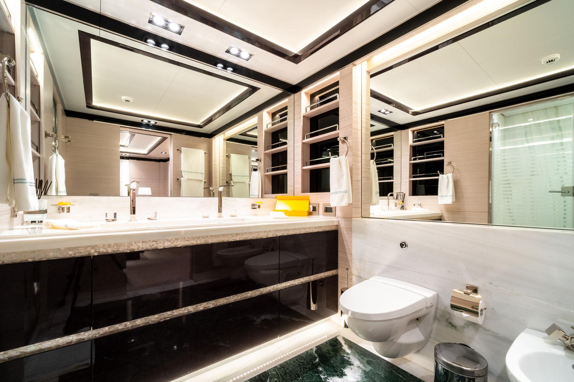 Guest Ensuite Bathroom
