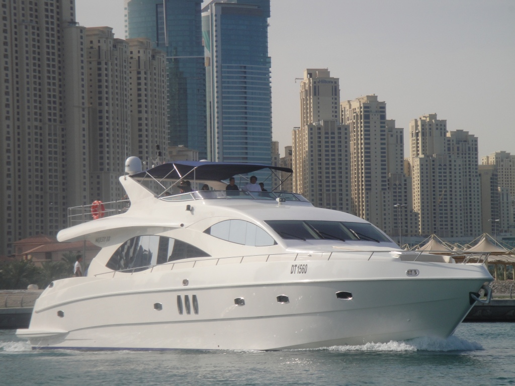 INFINITY 1 Yacht