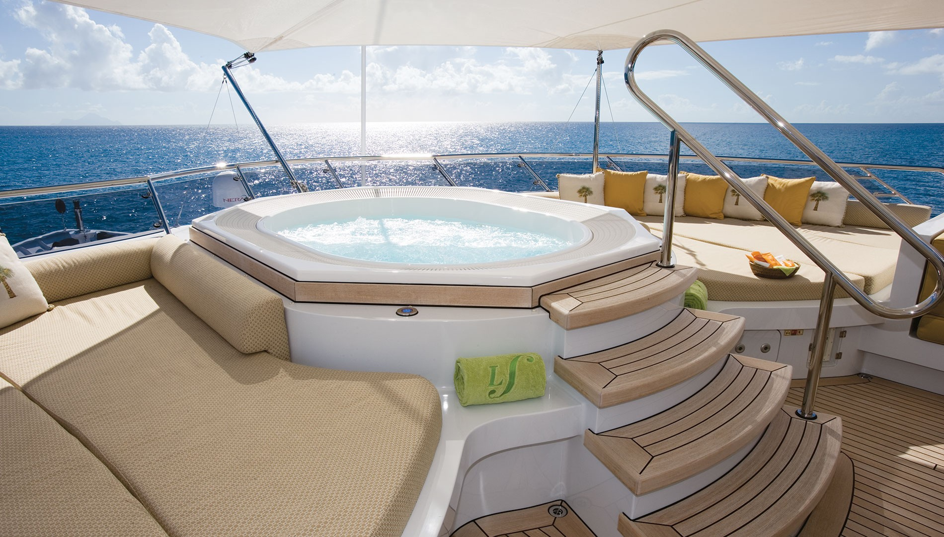 Jacuzzi On Board With Comfortable Sunpads Around