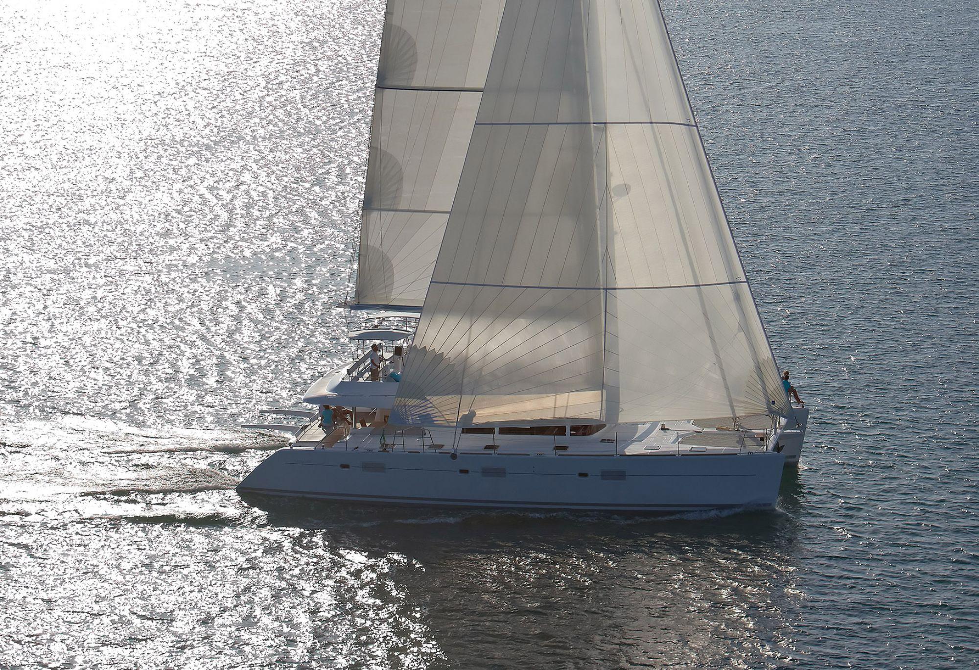 Lagoon Catamaran - Sistership To Phantom