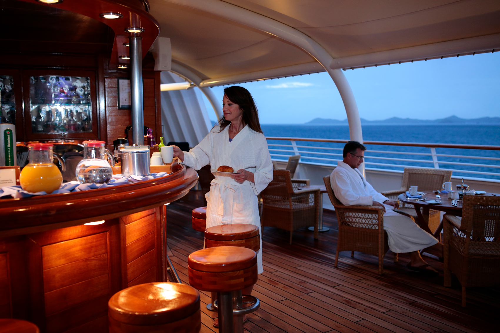 Luxury Cruise Yacht SEA DREAM
