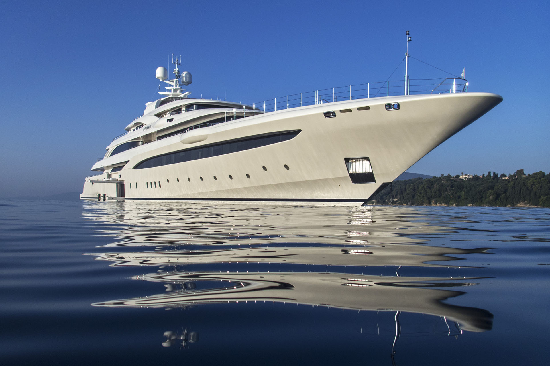 Luxury Mega Yacht O'PTASIA