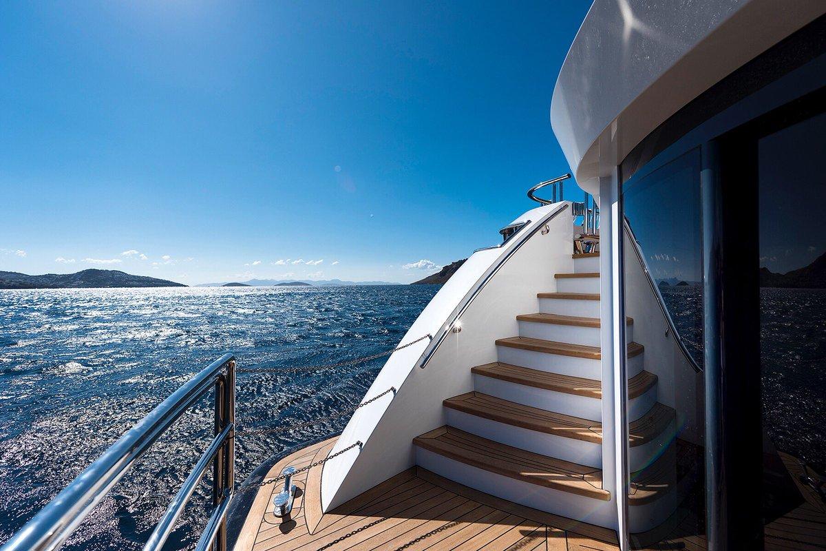 Motor Yacht LIQUID SKY By CMB Yachts - Swim Platform Underway