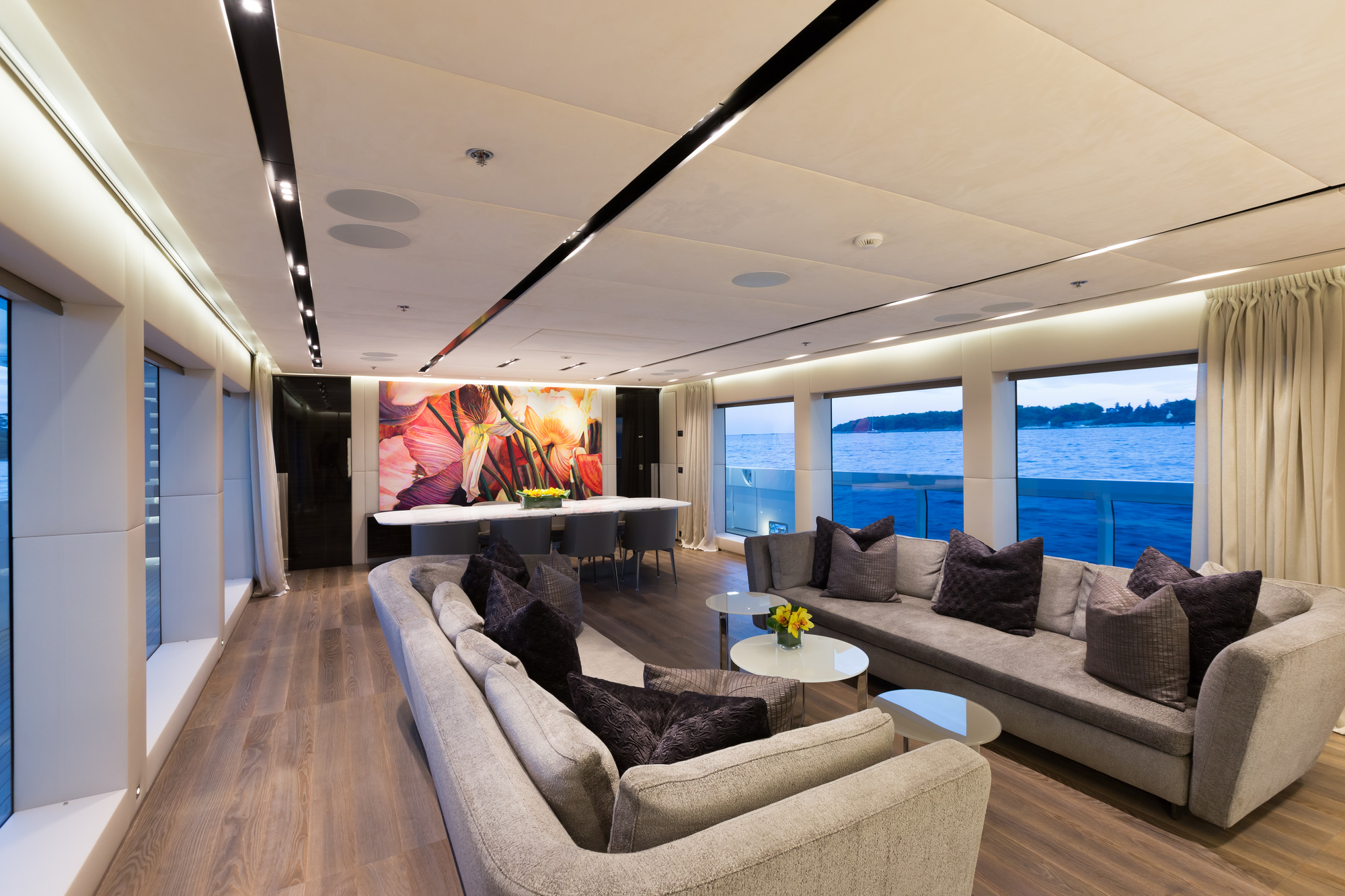 Motor Yacht OURANOS By Admiral Yachts - Salon Seating