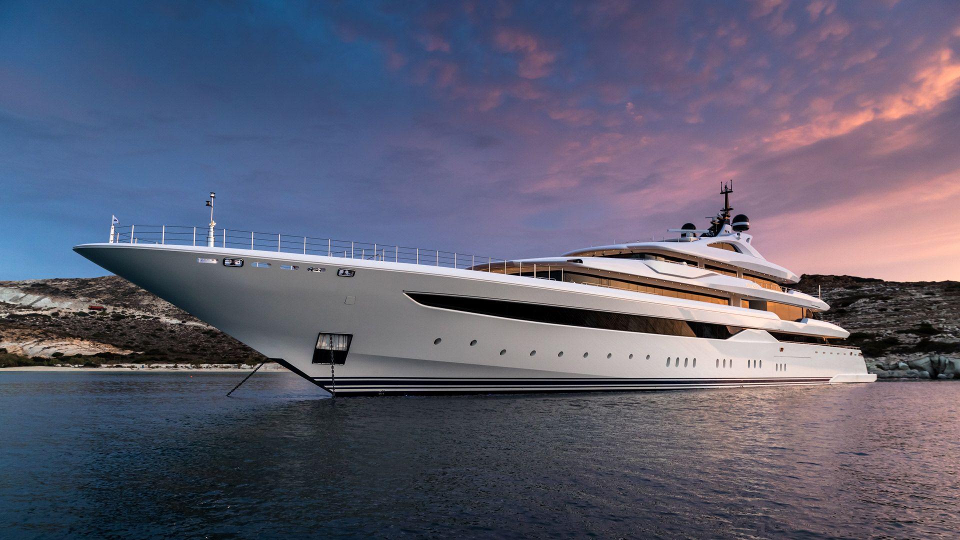 Motor Yacht O'Pari