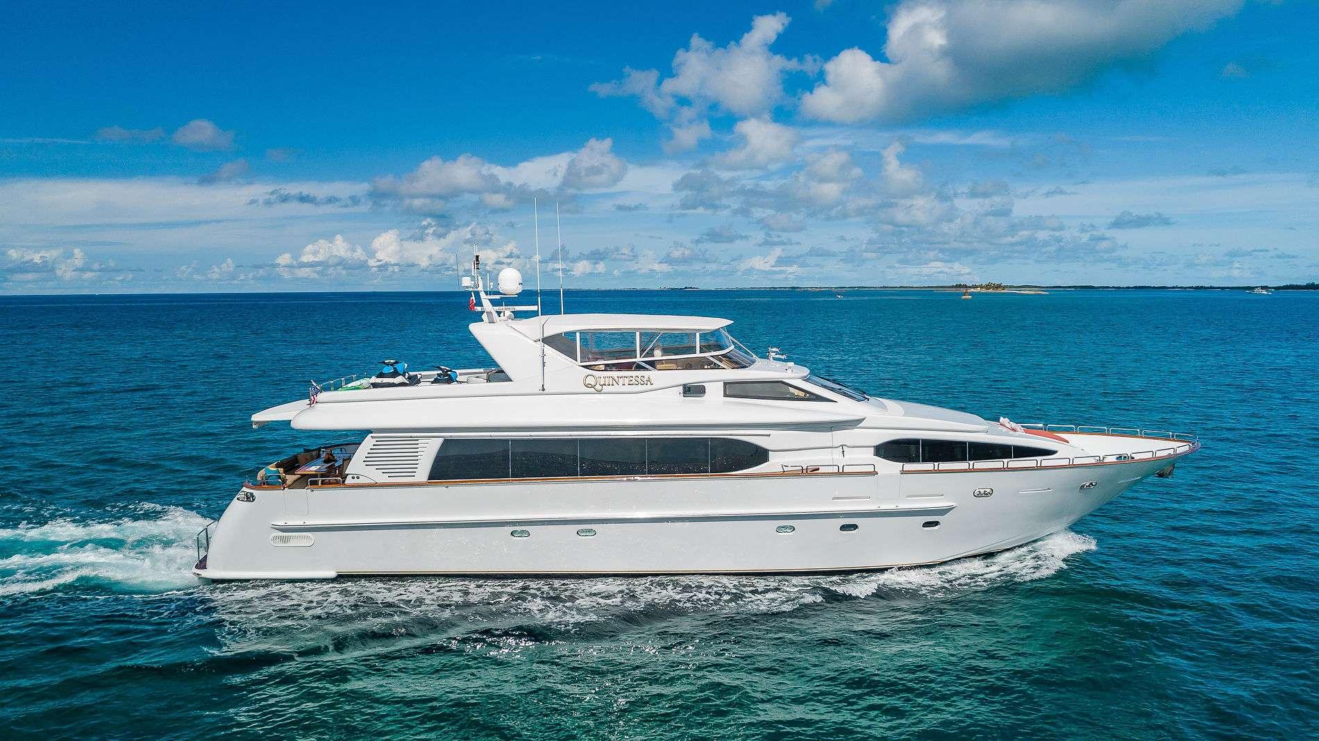 Motor Yacht QUINTESSA Profile