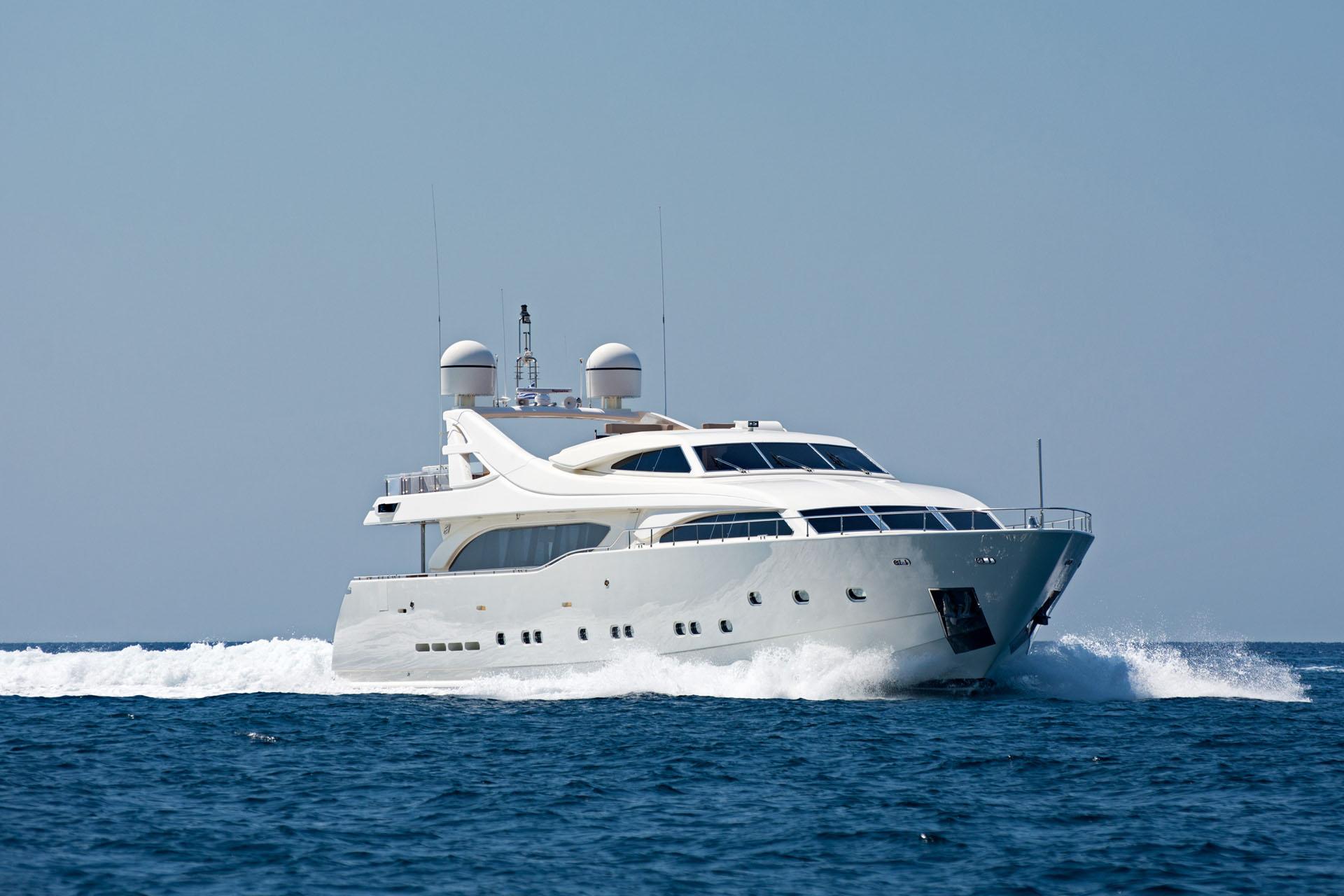 Motor Yacht WHISPER V