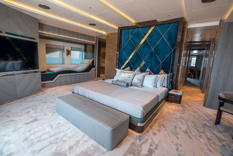 Owner Deck- Master Cabin (1)