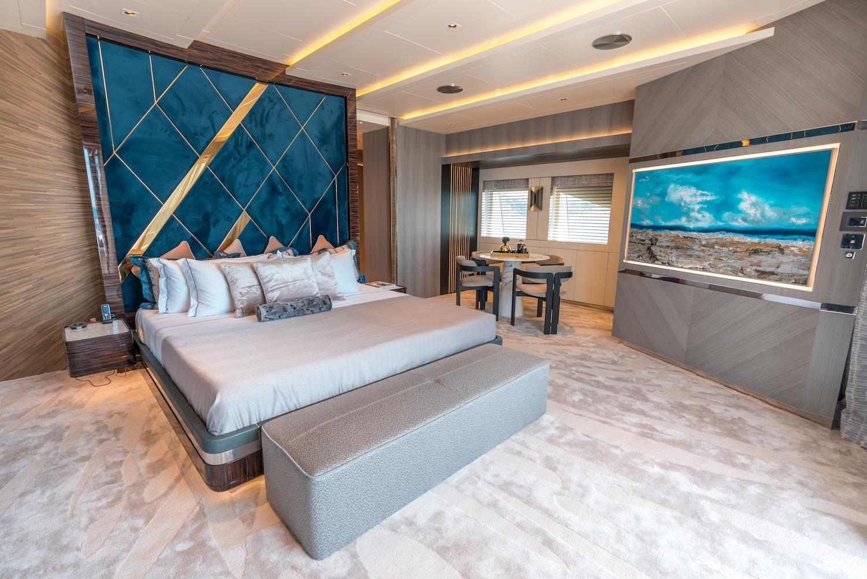 Owner Deck- Master Cabin (2)