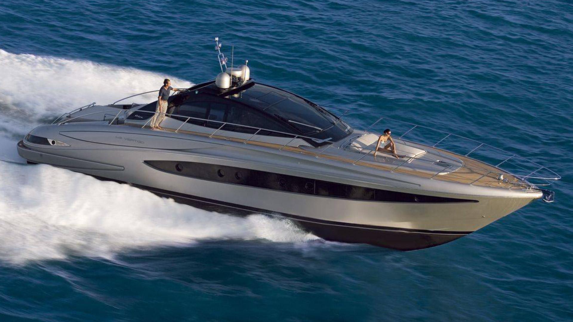 diabolik yacht charter details riva charterworld luxury. Black Bedroom Furniture Sets. Home Design Ideas