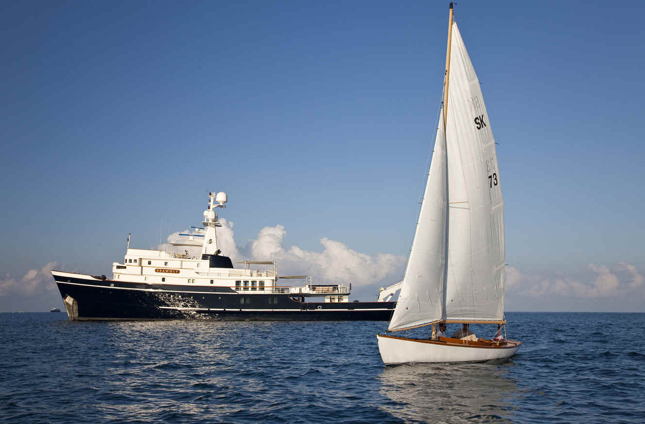 SEA WOLF - With Sailing Yacht