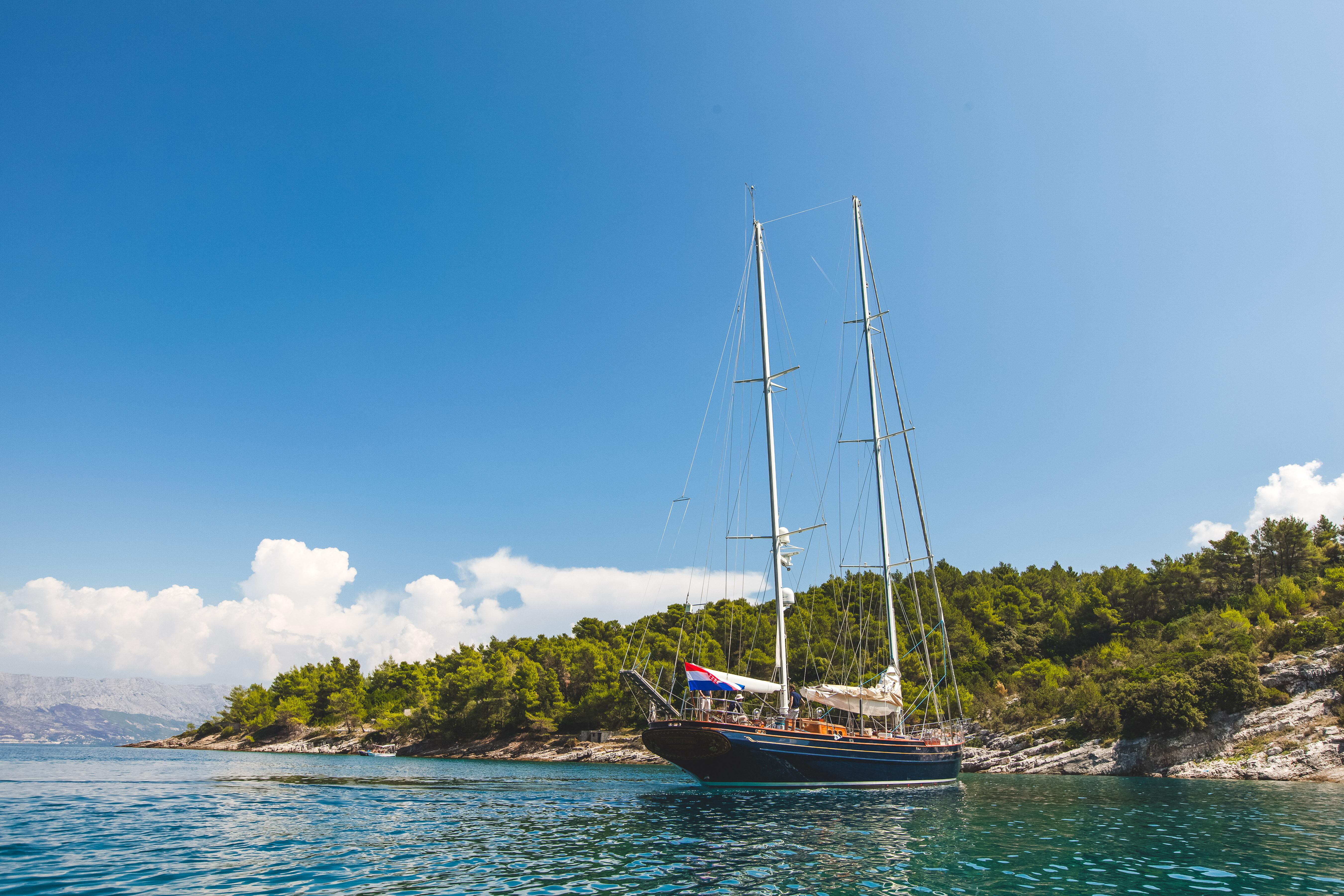 Sailing Yacht Lauran - Croatia