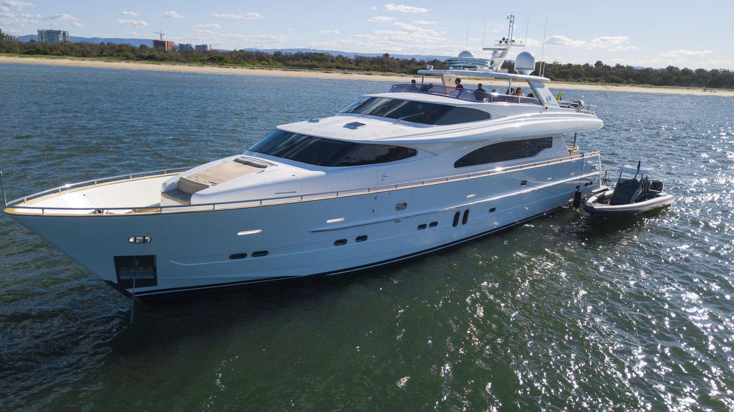TRIPLE 888 EIGHT Motor Yacht