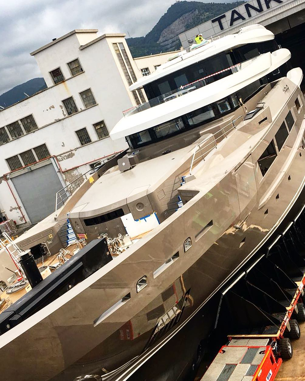 Tankoa Superyacht SOLO Approaching Completion