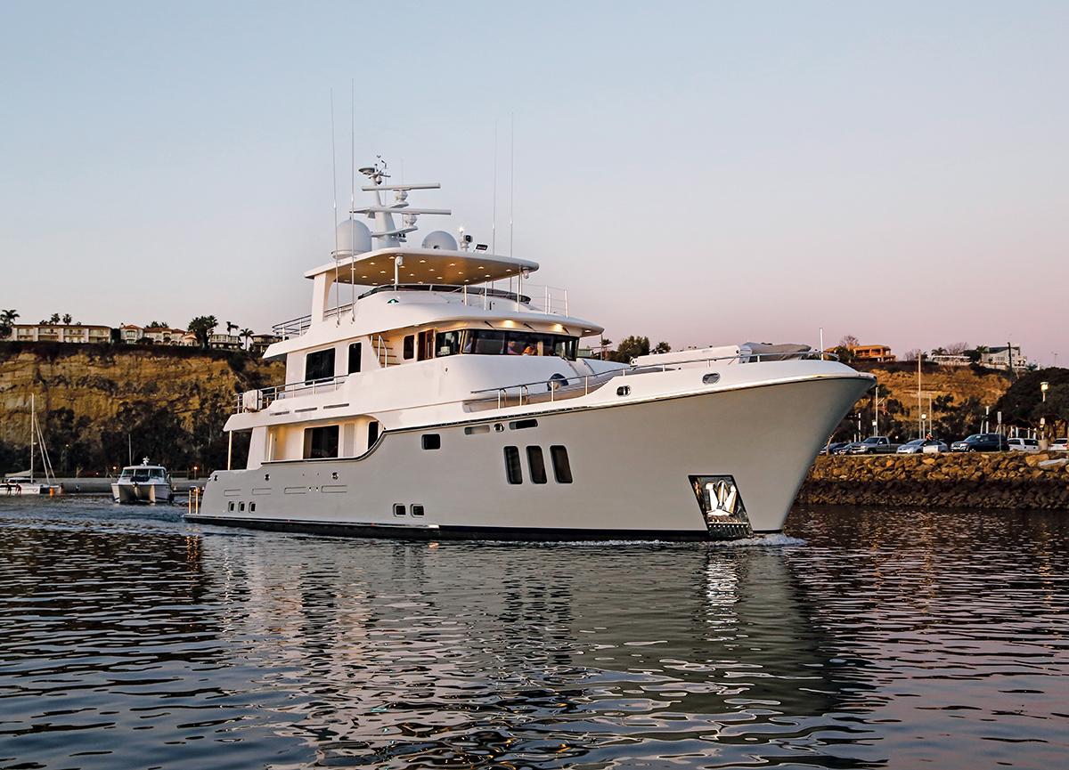 VIVIERAE II Yacht By Nordhavn