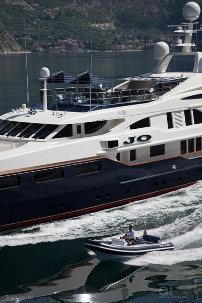 Yacht JO By Benetti - Port Side