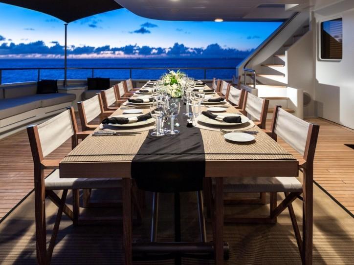 Yacht MARIU - Exterior Dining, Caribbean Dusk