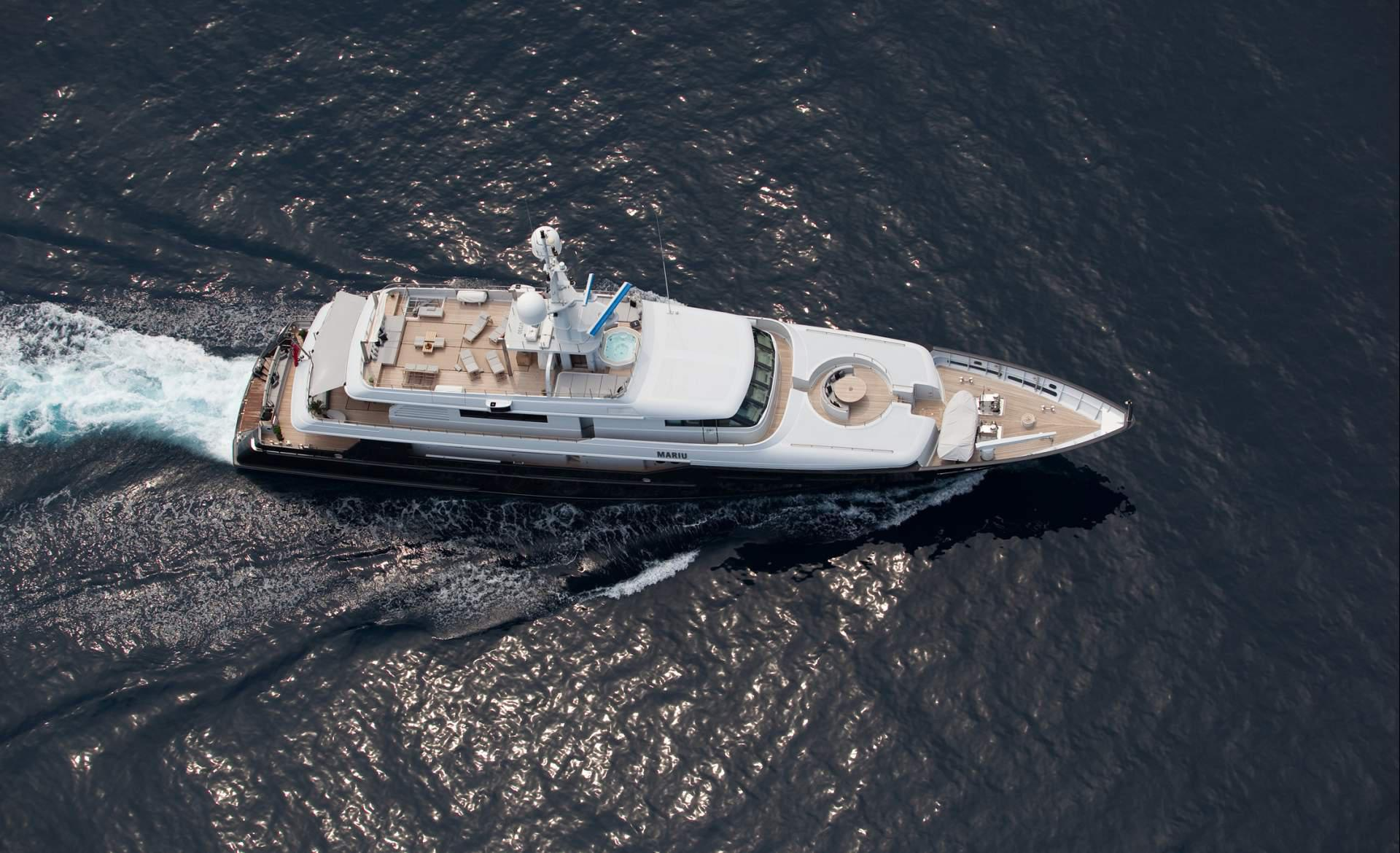Yacht MARIU - Profile From Above