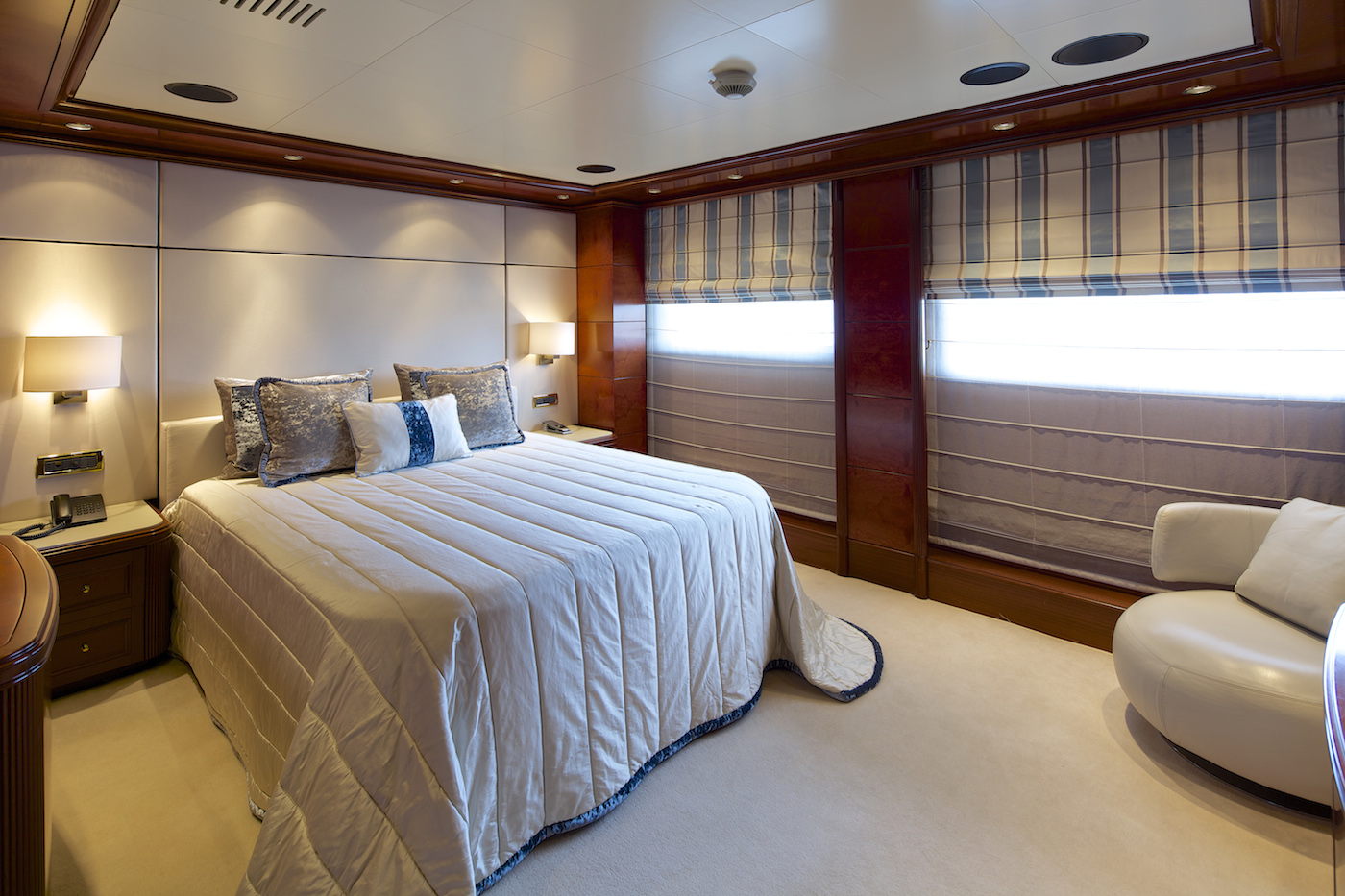 Yacht OMEGA - Guests Cabin