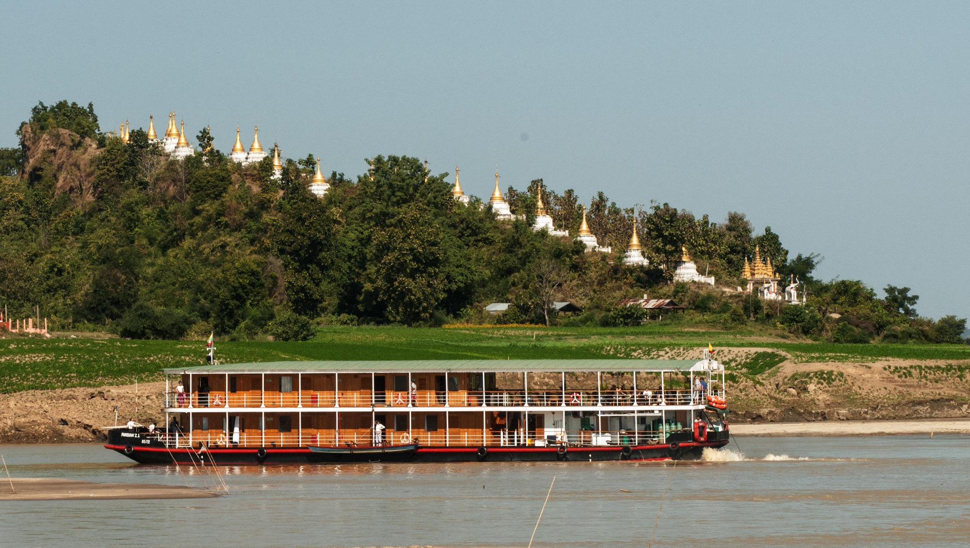 ZAWGYI River Yacht - Main Shot