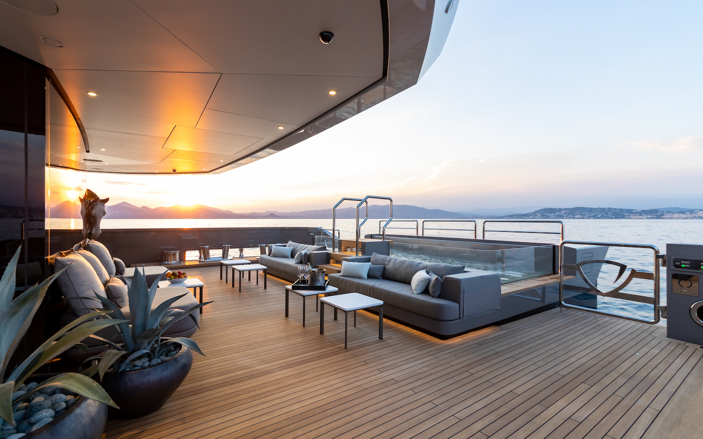 Aft Deck Jacuzzi And Seating Area