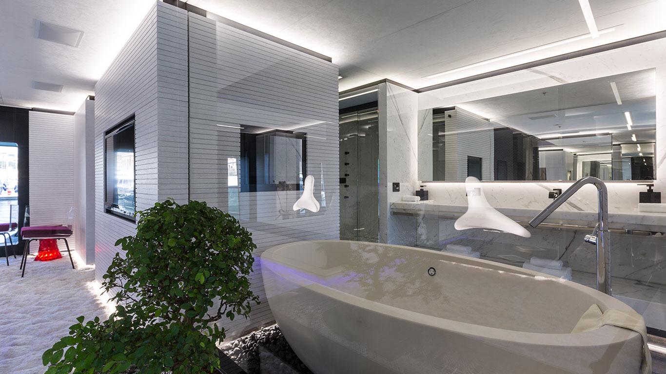 Ensuite Bathroom In Master Suite