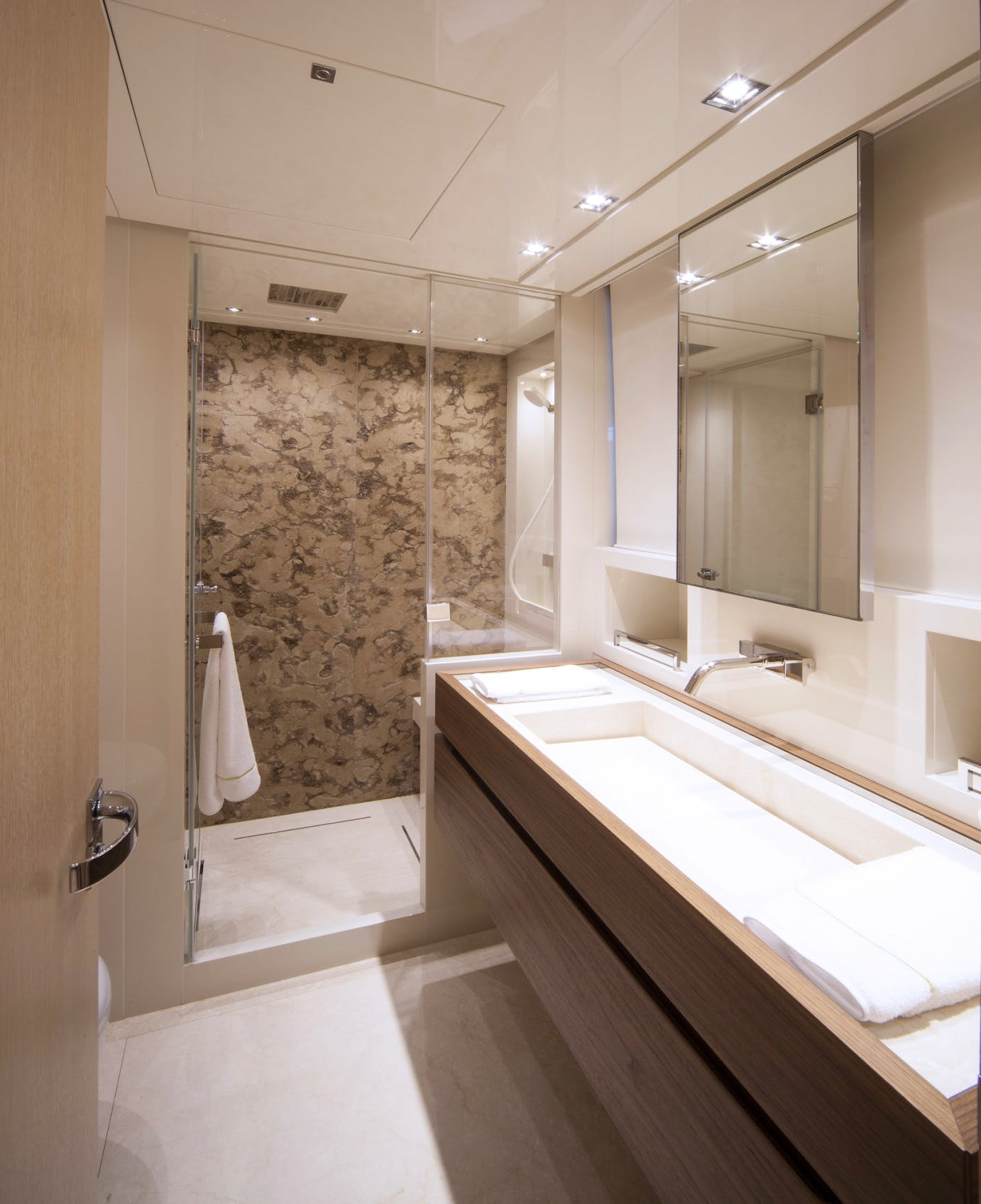 Guest Suite - Ensuite Bathroom