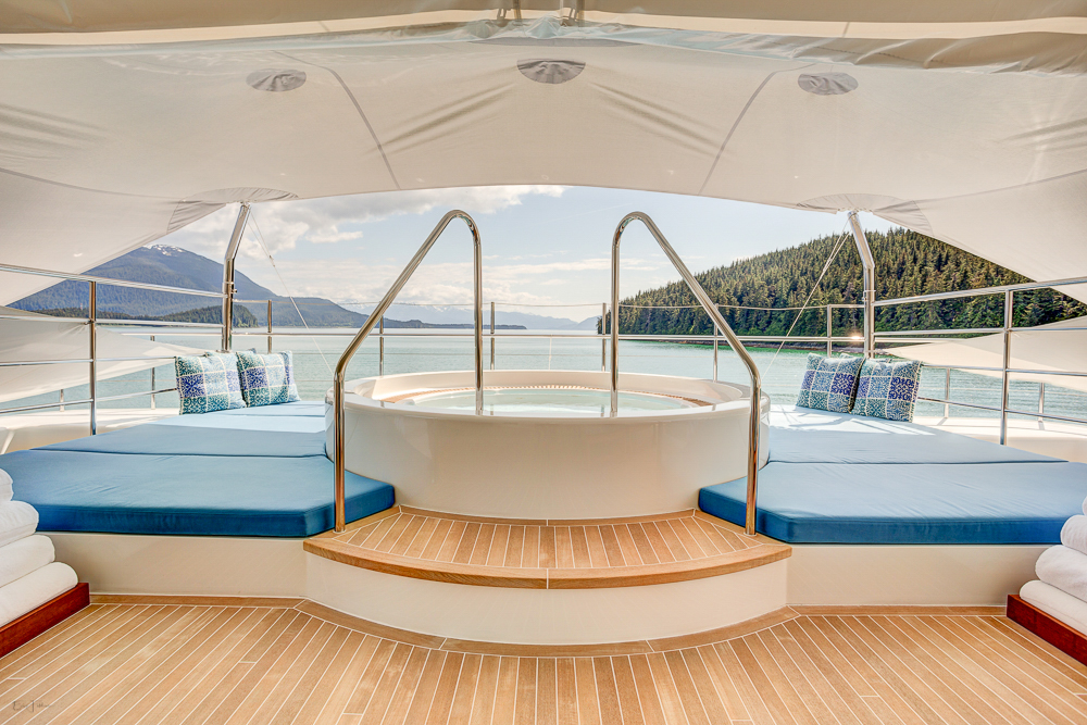 Jacuzzi With Magnificent Views