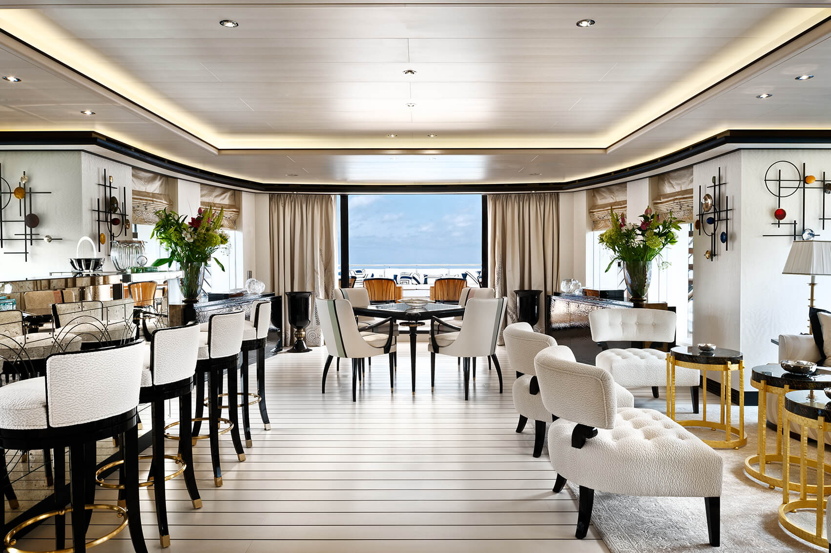 Main Saloon Bar Area Looking Out On The Aft Deck