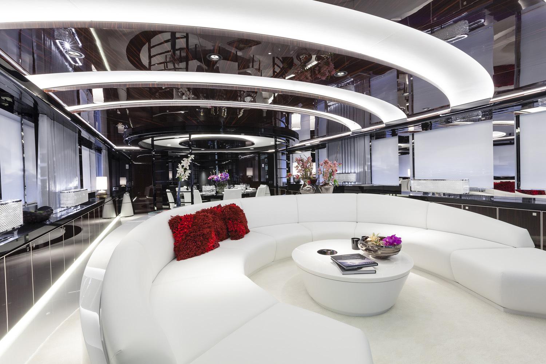 Main Saloon With Circular Sofa
