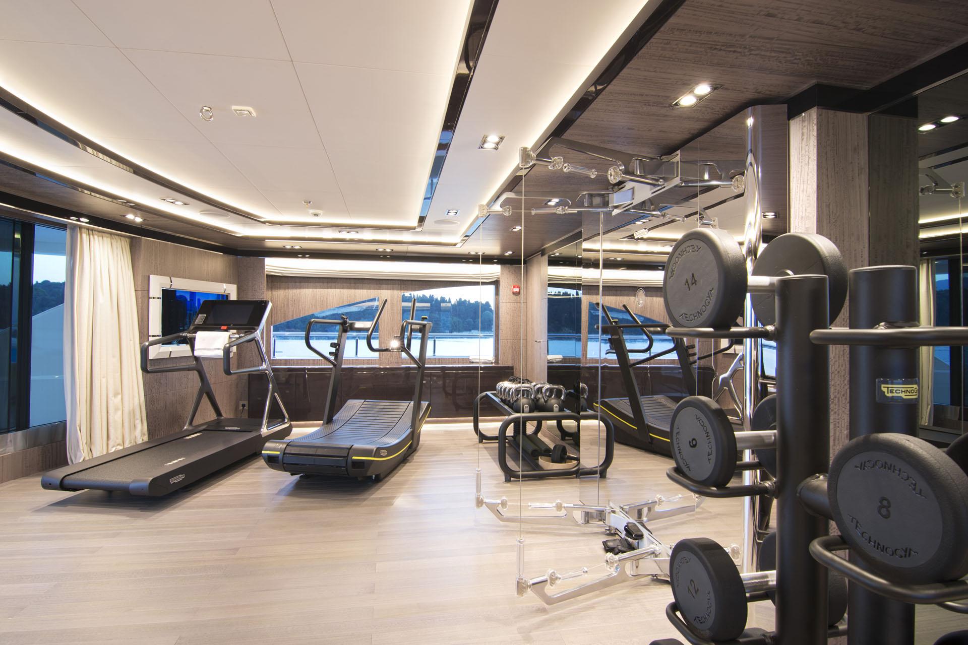 Mega Yacht Gym