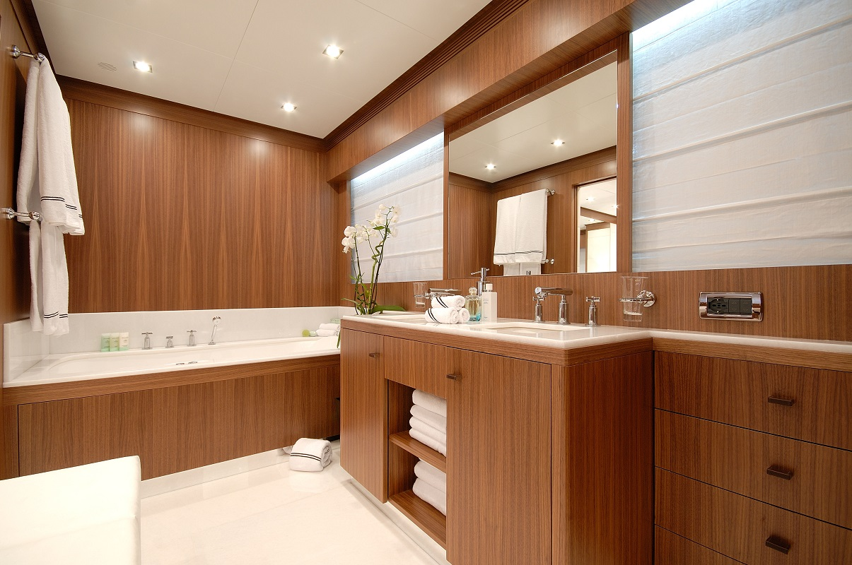Very Spacious Bathroom