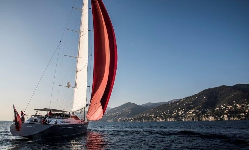 The 35m Yacht CAROLINE 1