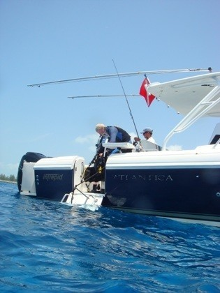 Dive On Board Yacht Queen D