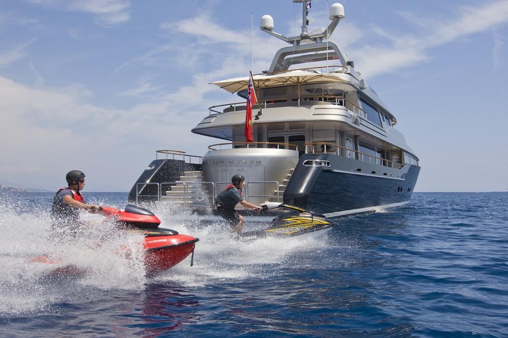 Jetski Skiing: Yacht SILVER DREAM's Aft Captured
