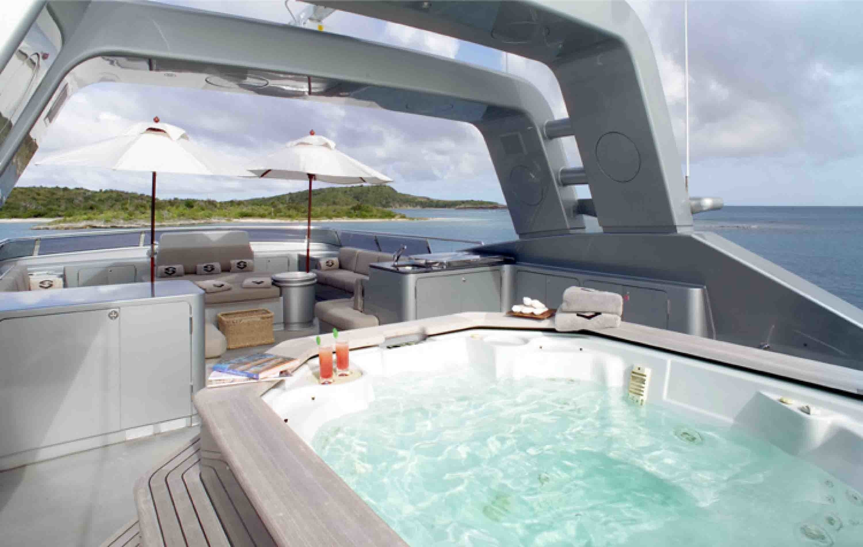 Jacuzzi Pool On Yacht SILVER DREAM