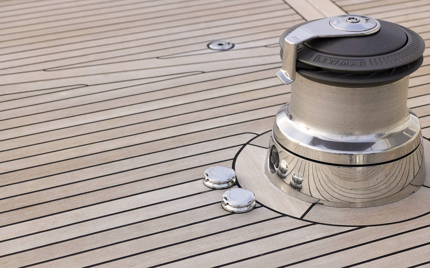 Yacht DRUMBEAT - Alloy Yachts - Power Winch Detail