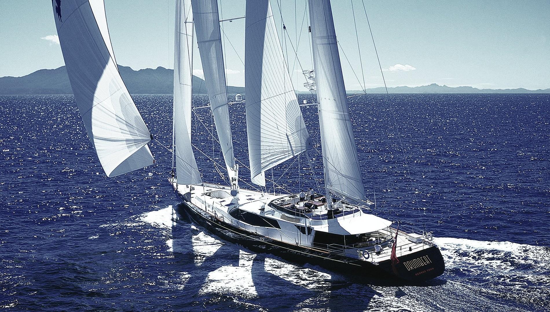 Yacht DRUMBEAT - Alloy Yachts - Sailing