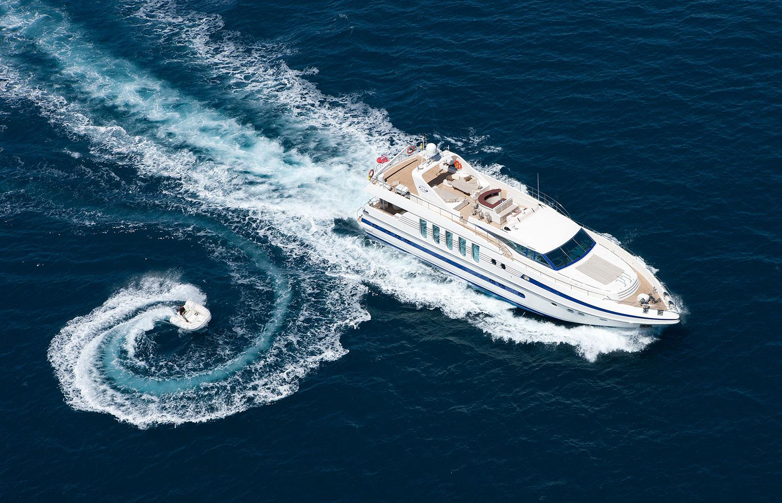 Yacht SUPERTOY - Tender