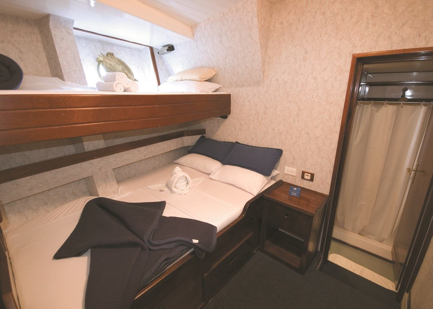 Double Cabin With Ensuite